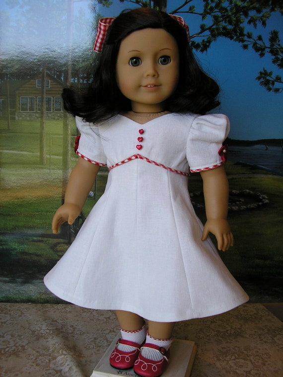 Clearance priced - 30% off - American Girl linen princess seamed vintage style dress, with hairbow
