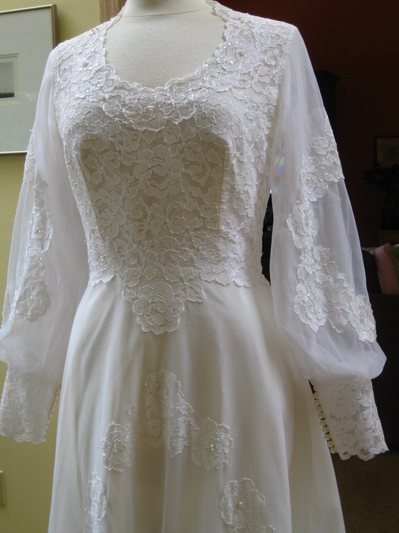 Wedding Dress 1960s 1970s Vintage Empire Waist
