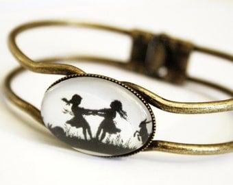 Silhouette Bracelet cuff - Dancing Sisters