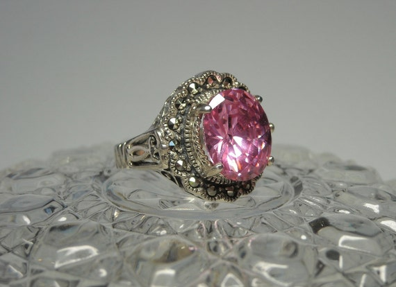 Vintage Sterling Silver Ring / Pink CZ and Marcasite
