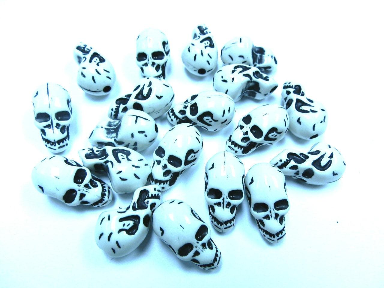 10 Halloween Gothic Skull Shape Acrylic Skull White Beads