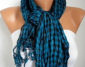 Plaid Women Shawl Scarf -  Cowl Scarf - fatwoman
