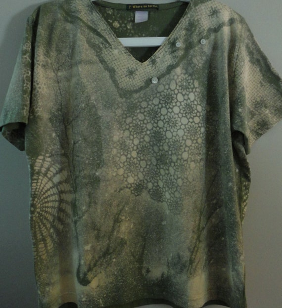 Extra Large womens short sleeve V neck Tee Olive and soft yellow Original Design