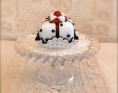 Felt Cake Chocolate Drops Cakelet