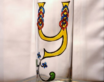 "Celtic Style Illumintated Letter - Initial ""Y""- Handpainted 12 oz.Glass"
