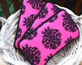Hot Pink Black Damask Boutique Style Bébé Wipe Case Couture