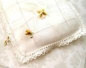 Vintage Ring Bearer Pillow Antique linen sachet ring bearer pillow-wedding bridal accessories Antique accessories