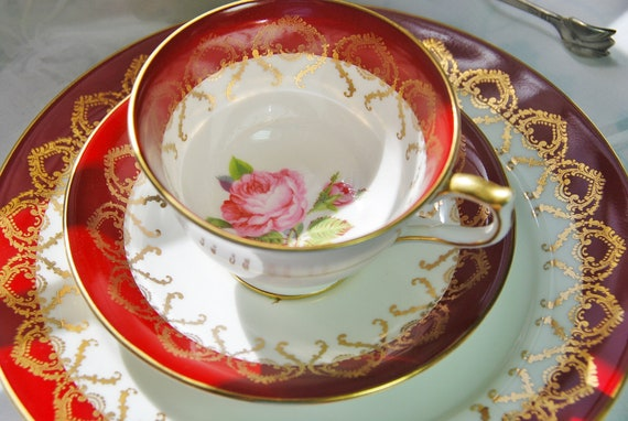 Sparkling Aynsley Footed Tea Cup/ Saucer/ Plate Trio Red, Pink Rose and Gilt, England c. 1960s