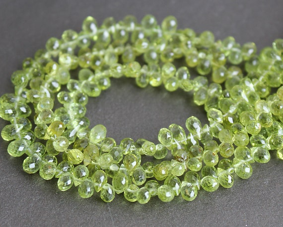 Peridot Faceted Teardrop Briolettes 5x3mm Gemstone Beads (Quarter Strand - 25 Beads)
