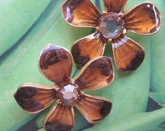 Large Vintage Enameled And  Rhinestones Flower