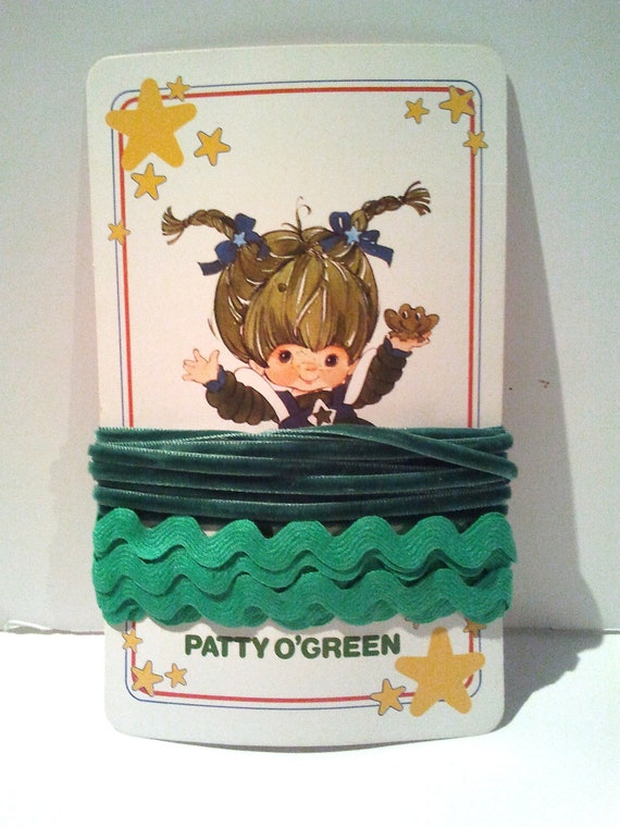 Green Ric-rac and velvet ribbon 4 yards total on Patty O'Green vintage playing card