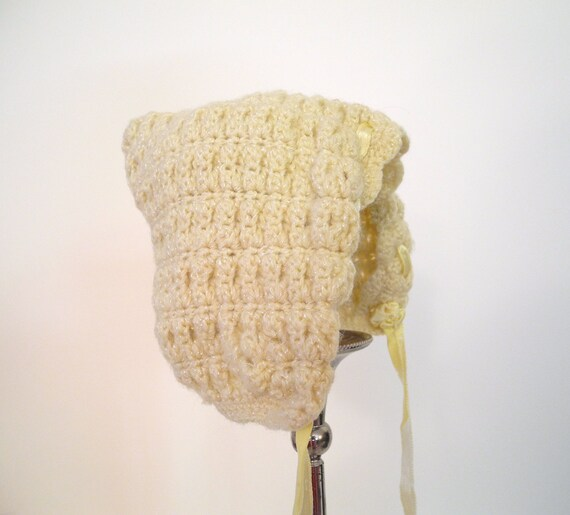 1940's Hand Knit Butter Cream Yellow Rosette Bonnet