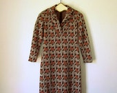 Fantastic 1960s Abstract Hounstooth Graphic Day Dress