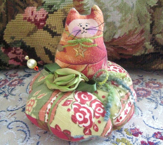 "Cat Pincushion 4.5"" FALL AUTUMN Print Primitive Cloth Doll Decoration Soft Sculpture Folk Art"