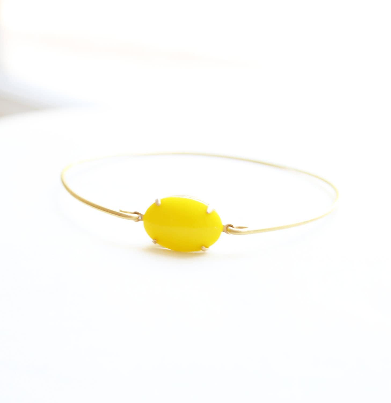 Large Vintage Yellow Set Stone Bangle, Stackable Bracelet Set, Gem Stone Bangles, Colored Stone Bracelet, Bezel Bangle, Rhinestone Bracelet