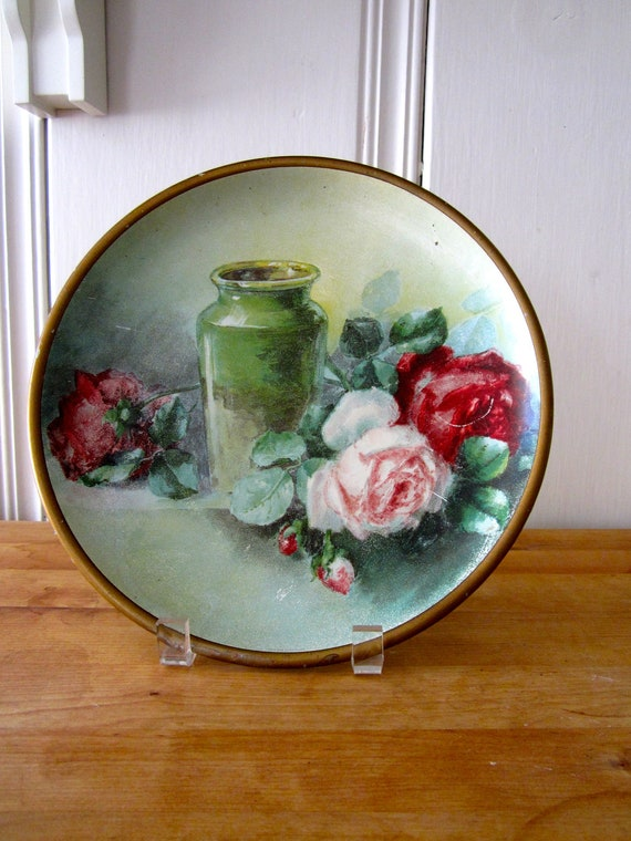 A Vintage Metal Bouquet of Roses Plate