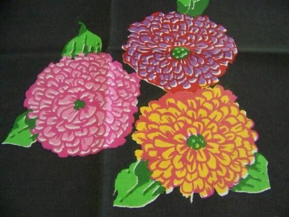 Vintage KEN SCOTT Cotton Napkins - Set of 6 - Chrysanthemums Flowers Vibrant Colors
