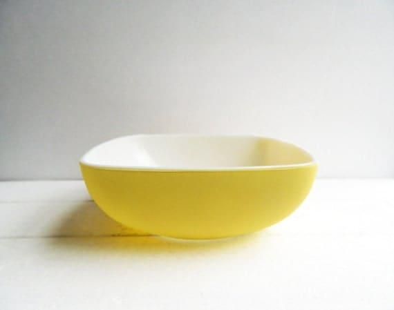 Vintage Pyrex Yellow Square Bowl