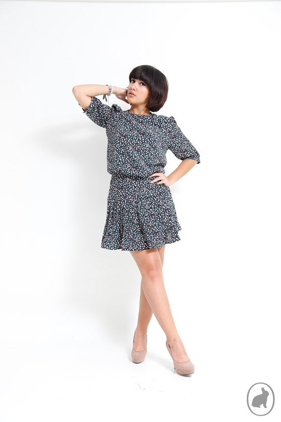 Vintage 80s Hipster Floral Mini Dress - Three Quarter Sleeves - Black Baby Flowers - Summer Fall Fashion