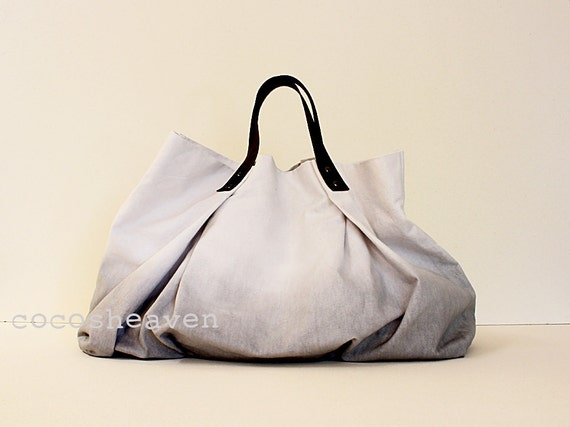 CANVAS WEEKENDER BAG...Gray (with dark brown leather strap)....one size