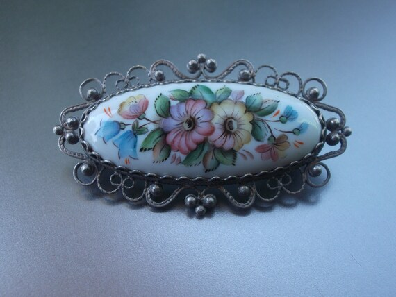 Vintage Russian Finift Hand Painted Floral Porcelain Silver Filigree Pin Brooch