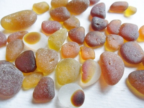 Autumn shades sea glass mix of 40 orange cola honey amber - beach finds from N. England