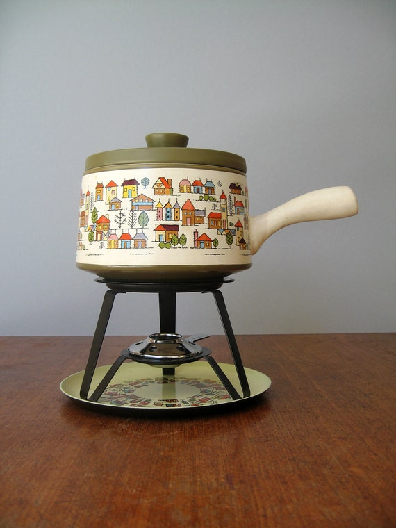Vintage Fondue Pot Set- Country Village