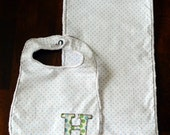 Personalized Bib Burp Cloth Baby Gift Set of 1 Bib with Appliqued Initial 1 Minky Burp Cloth in Baby Blue Polka Dots