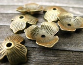 12 Bronze Flower Bead Caps 11mm Fit Beads 14 to 20mm