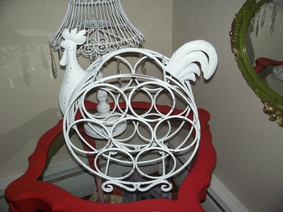 French farmhouse, Shabby lil sistressed rooster wine holder