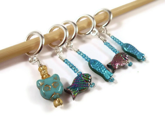 Knitting Stitch Markers - Set of 5 - Cat with Fish - Size US13