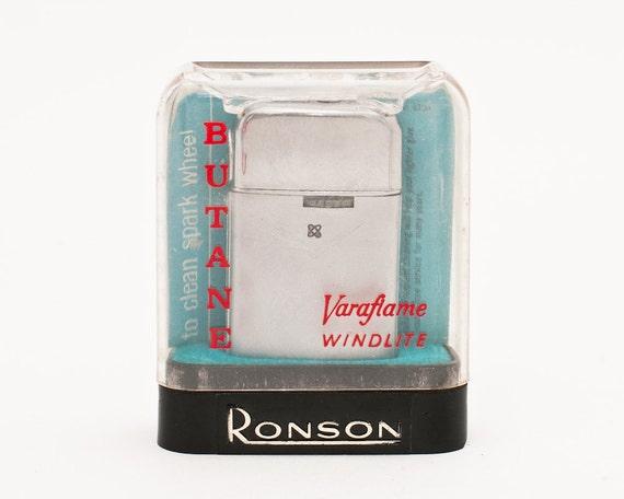 Working 1950s Ronson Varaflame Windlite Pocket Lighter with Original Case