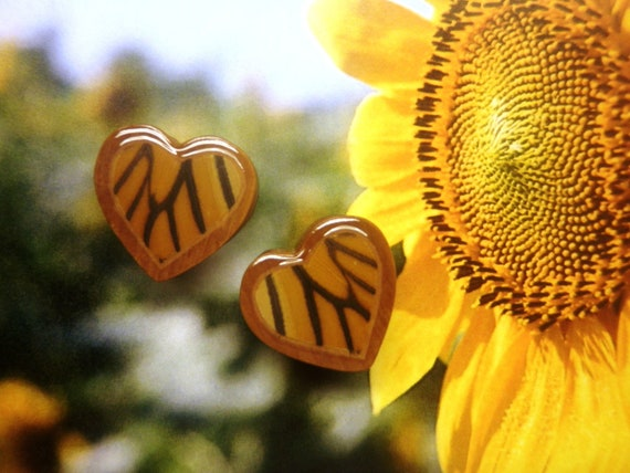 "7/8"" Real Monarch Butterfly Wing Heart-Shaped Plugs"