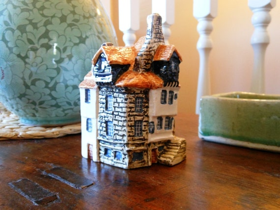 Vintage John Putnam Ceramic Heritage House Miniature From