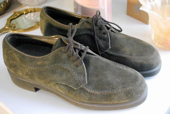 Size 7 Vintage Green Suede Lace-Up Oxford