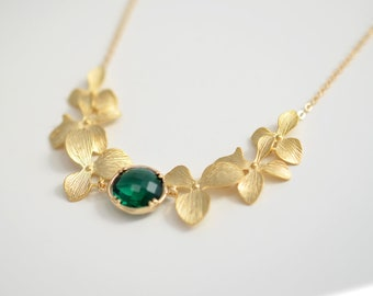 30% OFF, Orchids and emerald green gold necklace, Wedding necklace, Emerald necklace, Flower necklace, Bridal necklace, Christmas necklace