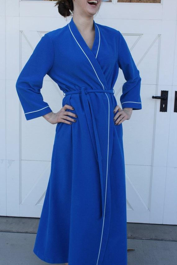 Women S Velour Robe In Peacock Blue By Vanity Fair Medium