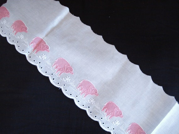 """2 1/2 Yards White And Pink Appliques Embroidery Eyelet Trim 4 1/2"""" Wide."""