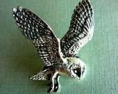 OWL //// Antiqued Pewter Pin