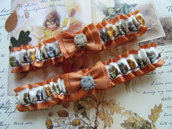 Owl Garter   Burnt Orange Garter Set