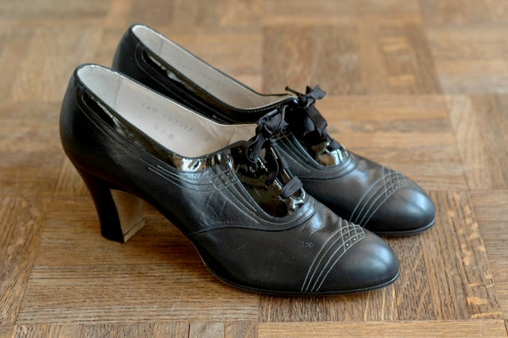 20% OFF SALE / vintage NOS 1930s shoes / 30s black leather oxfords / size 6