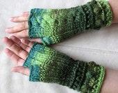 Fingerless Gloves Wrist Warmers Mittens moss salad green black beige brown blue-green knit