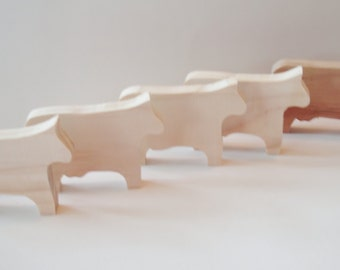 Toys -  Wooden Toy - Cow  - Waldorf - Childrens - Pretend - Creative Play - Handmade - Natural Pine Wood Cow - 3.00 each
