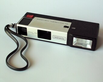 Continental Electroflash 555 Camera with Case and Instructions