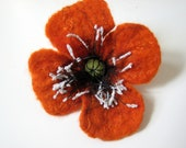 Felted brooch merino wool - red-orange - The poppy flower made to order