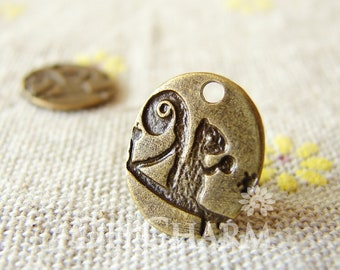 Antique Bronze Lovely Squirrel Round Charms 12x14mm - 20Pcs - DC22279
