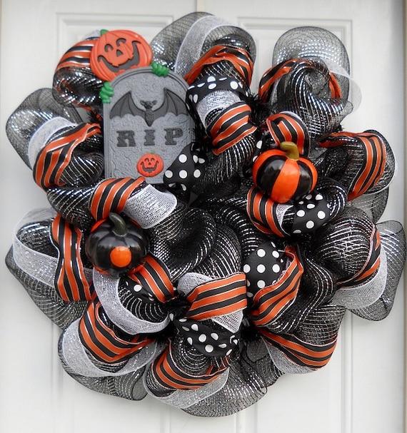 Black & Silver Metallic RIP Hallowen Mesh Wreath (60% Off SALE)