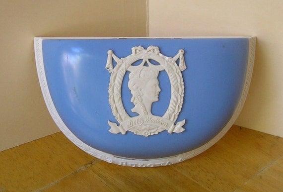 Mint Art Deco Cameo lady Turquoise blue Bulova watch bracelet jewelry display presentation box case Vintage