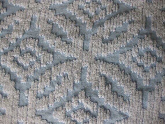 Chenille Bedspread, Twin Size, Blue and White, c.1960s
