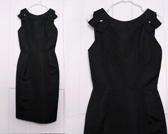 Black Silk Dress. Little Black Dress. 50s Sheath Dress. Classic LBD Date Dress. Black Cocktail Dress. Wiggle Dress. Low Back Dress. Small.